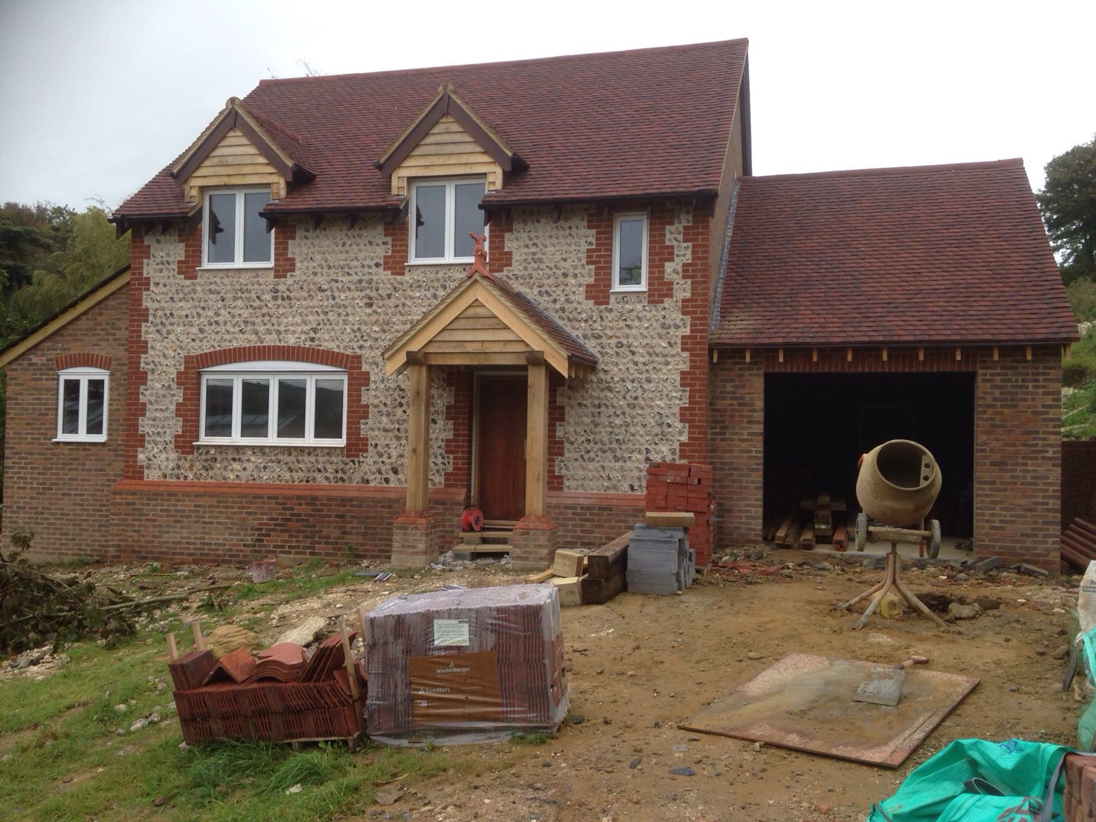 Flint wall repairs restoration and new builds richard for New homes to build
